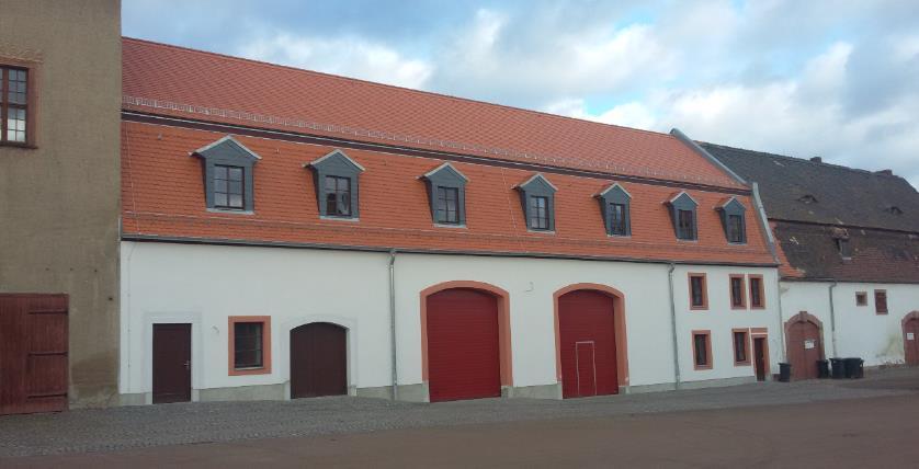 Feuerwehr mit neuem Dach
